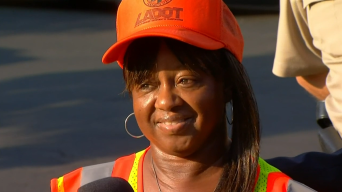Hero Crossing Guard Went Into 'Mother Mode'