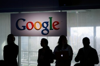 Google Looks to Enter Financial Industry