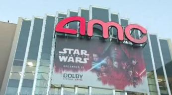 'Star Wars' Fans Enraged When New Film Starts Without Audio