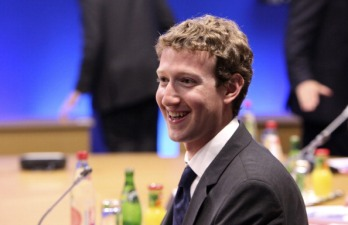Zuckerberg Spent $700,000 of FB Cash on Private Jets