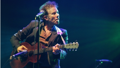 Tom Waits Inducted Into Rock Hall of Fame