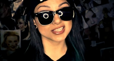 Snow tha Product Out-Raps Ya