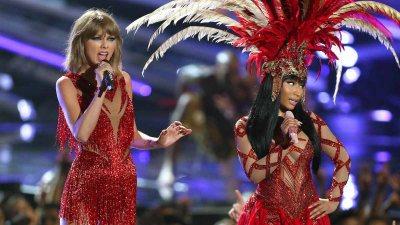 What Feud? Swift Joins Minaj at MTV VMAs