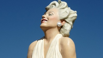 Mega Marilyn Artwork Stays in Palm Springs a Bit Longer