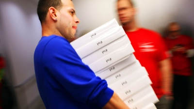 Apple Retail Employees Getting Raise