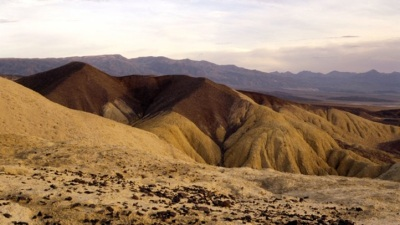 "Death Valley's ""Cold"" Day in Summer"