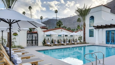 Palm Springs New: La Serena Villas