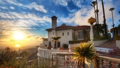 Hearst Castle: Tours Resume