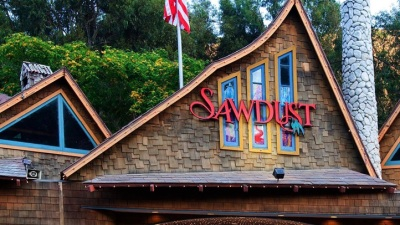 Laguna Lovely: Summertime Is Sawdust Time