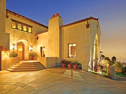 A Sunny Spanish Compound in Southern California