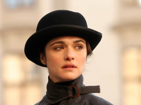 Rachel Weisz May Be Gunning for James Bond