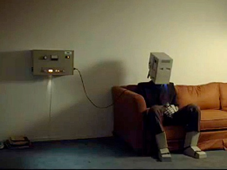 "Spike Jonze's Short Robo-mance ""I'm Here"" Is Here -- Cheers to Absolut"