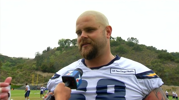 Mj S Minute Chargers Center Matt Slauson Is In Sync With