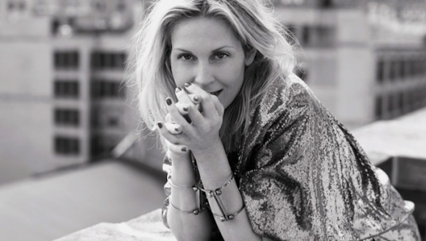 "Q&A:  ""Gossip Girl's"" Kelly Rutherford Talks Twitter and Her New Tech-y Project"