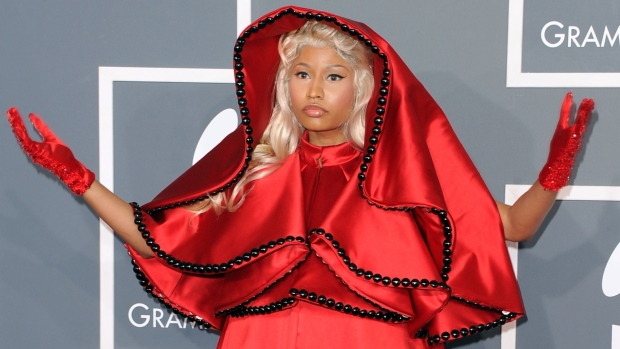 [NATL] The Most Outrageous Grammys Looks Ever