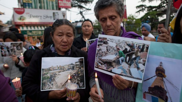 [NATL] PHOTOS: Deadly Earthquake Rocks Nepal
