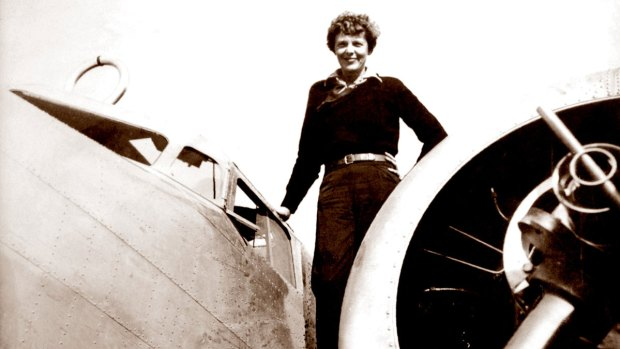 Photo suggests Amelia Earhart may have survived crash-landing