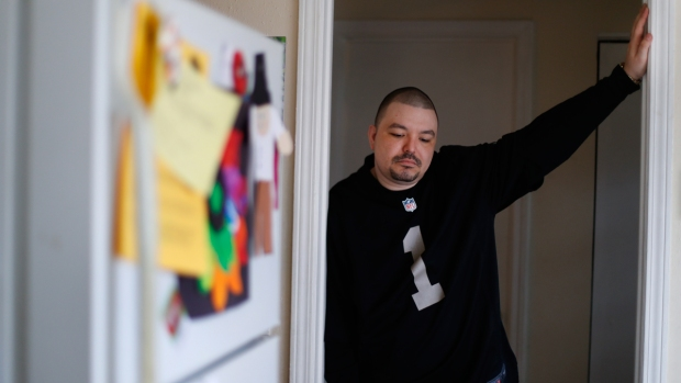 [NATL] Clinic Falsely Told Dozens They Had Alzheimer's
