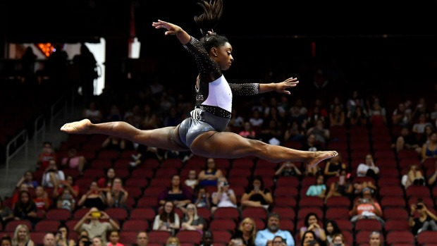 [NATL] Top Sports Photos: Simone Biles Wins U.S. Classic, and More