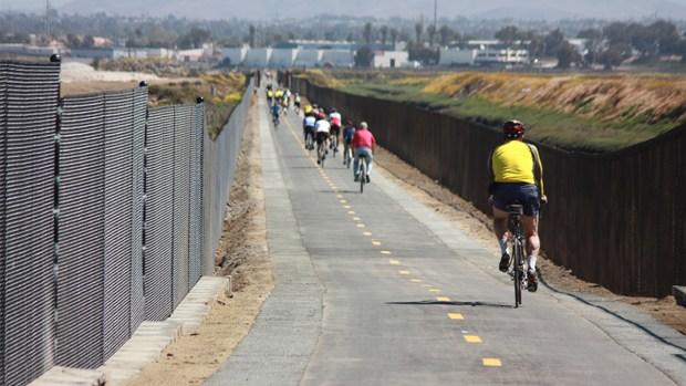 Images: Bayshore Bikeway in San Diego