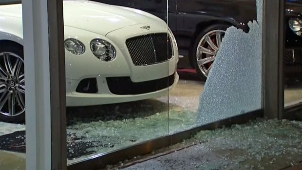 [G] Thieves Break Into Bentley San Diego in La Jolla