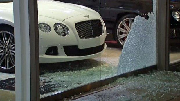[G] Thieves Break Into Bentley San Diego in La Jolla