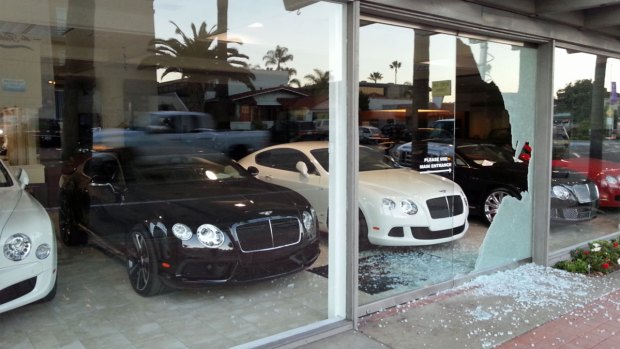 [DGO] Thieves Break Into Bentley San Diego in La Jolla