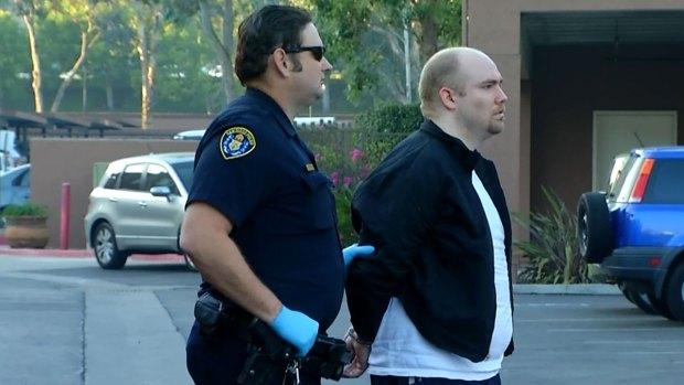 [DGO] Man Brought Hatchet, Taser to Escort's Apt: Cops