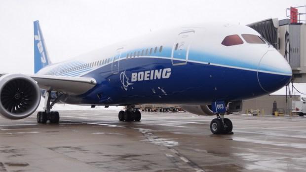 Go Inside Boeing 787 Dreamliner