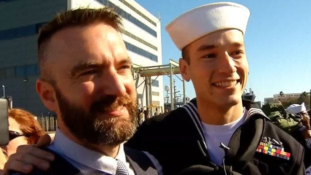 "[DGO] Milestone ""Like Any Other Kiss"" for Navy Couple"