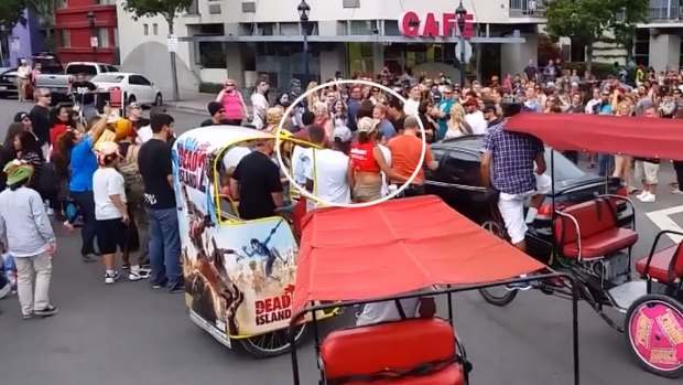 [DGO] WATCH: Car Drives Through Gaslamp Comic-Con Crowd