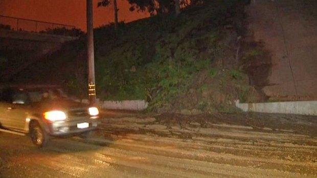 [DGO] Sprinkler Causes Mudslide in Kearny Mesa