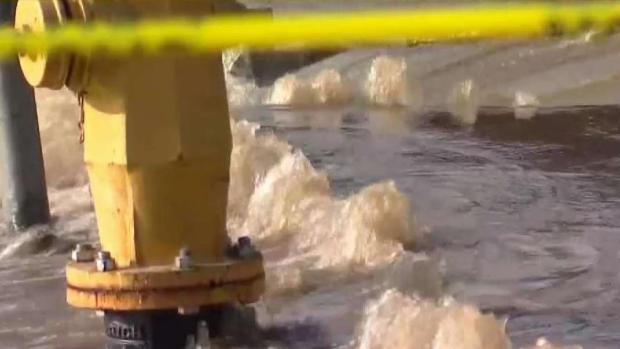 [DGO] Hydrant Pipe Breaks in La Jolla Closes Busy Intersection
