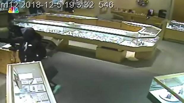 [DGO] Jared Store Robbery