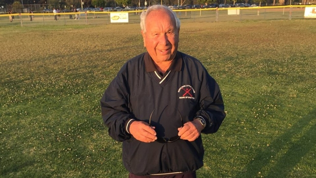 [DGO] 88-Year-Old Little League Coach a Hit in San Diego