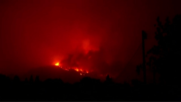RAW: Wildfire Burns Out of Control, Prompts Evacusations in Napa County