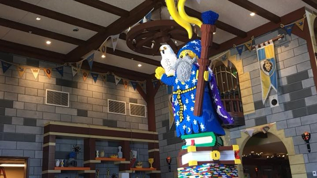 [Worth the Trip]Legoland California's Castle Hotel to Open April 27