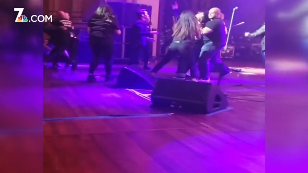 [DGO] Morrissey Fans Storm the Stage at Copley Concert