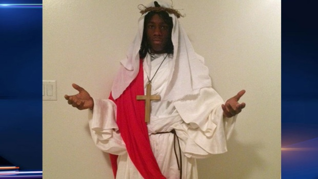 [CHI] School Makes Student Remove Jesus Costume