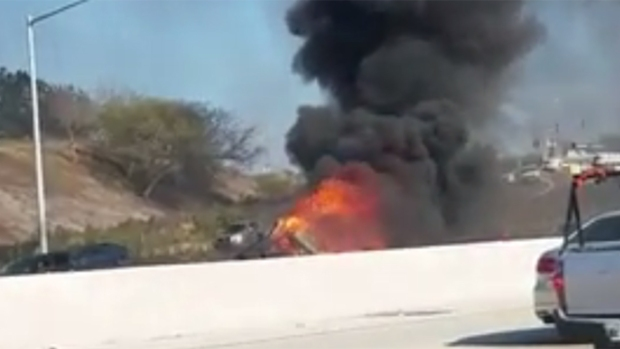 [DGO]3 Killed in Fiery Wrong-Way Crash on University City Freeway