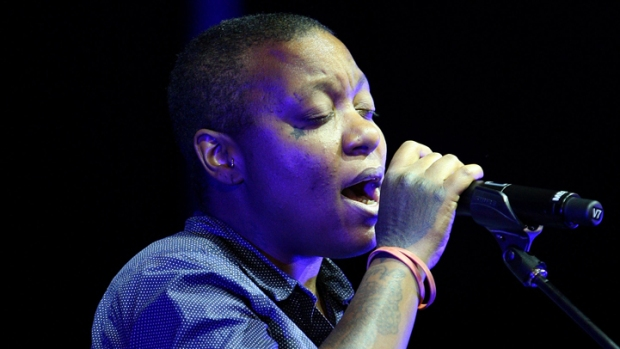 Ndegeocello Brings Down the Lights