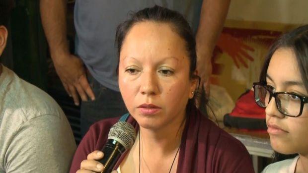 [NATL] Deported Mom Reunites with Kids