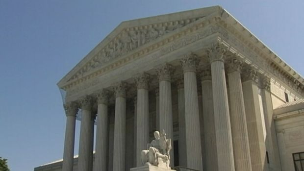 [NATL] Supreme Court Rejects Bid to Deny Driver's Licenses to DACA Recipients
