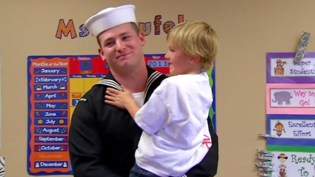 [DGO] San Diego Sailor Reunites With Family