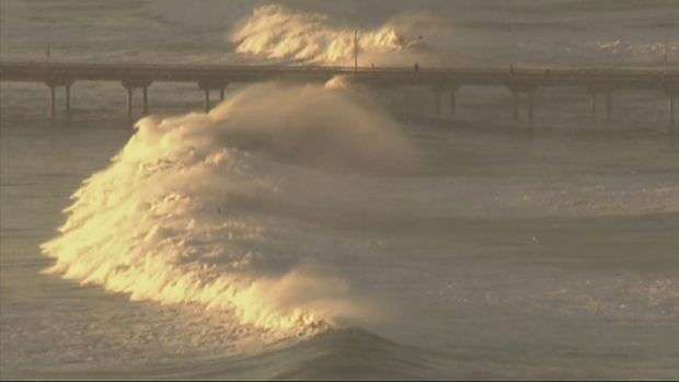 WATCH: High Surf Closes OB Pier