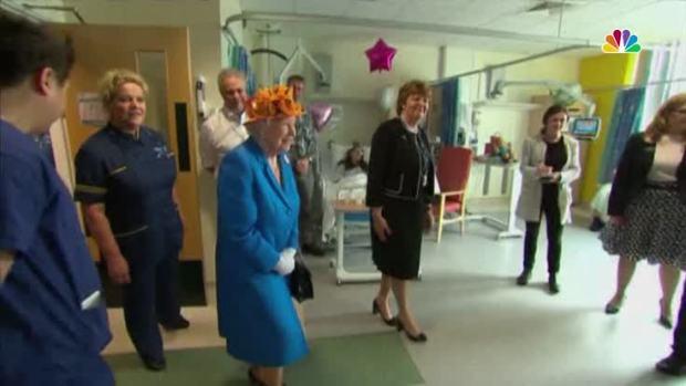 [NATL] Queen Elizabeth Visits Survivors of Manchester Bombing