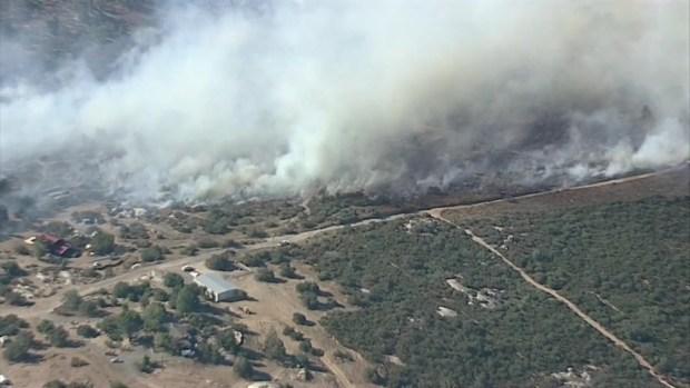 [DGO]Sawday Fire Burns 60 Acres East of Ramona
