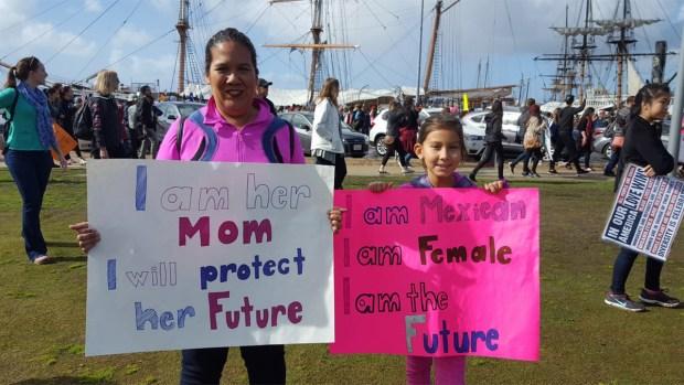 [G 2017] Locals Unite for San Diego Women's March