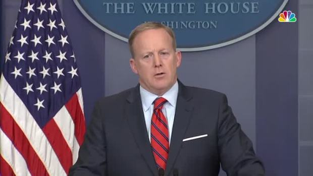 Spicer Compares Hitler to Assad in WH Flub