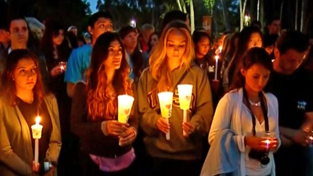 [DGO] UC San Diego Holds Vigil for UCSB Shooting Victims